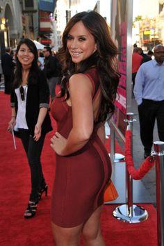 Jennifer Love Hewitt booty in a red body con dress
