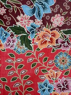 Indonesian Batik style printed fabric in Burgundy and dark pink with colorful flowers, Burgundy and dark pink printed ethnic fabric Batik Art, Batik Prints, Textile Prints, Bird Prints, Floral Prints, Batik Pattern, Textiles Techniques, Bird Artwork, Bird Drawings