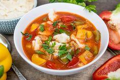 Zupa gulaszowa z kluseczkami i papryką Thai Red Curry, Ethnic Recipes, Blog, Ideas, Blogging, Thoughts
