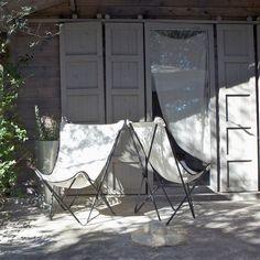 Le célèbre fauteuil POPUP Lafuma. Ses dimensions en font un siège d'appoint très confortable, en intérieur comme en extérieur.