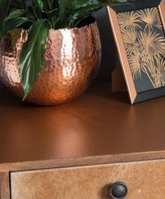 Hammered copper kontaktplast – Lindas dekor Hammered Copper, Decorative Bowls, Planter Pots, Vase, Home Decor, Madness, Homemade Home Decor, Interior Design, Jars
