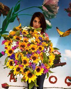 😊Giant Bouquet with Limonium and Helianthus 😊 Summer Colours Happy Colours 😁 Summer Colours, Thessaloniki, Happy Colors, Fresh Flowers, Flower Art, Greece, Floral Wreath, Bouquet, Instagram