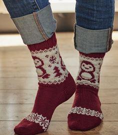 Ravelry: Paul the Penguin Socks pattern by Mone Dräger Knit Mittens, Knitting Socks, Hand Knitting, Knitting Patterns, Knitting Projects, Knit Socks, Christmas Stocking Pattern, Christmas Knitting, Penguin Socks