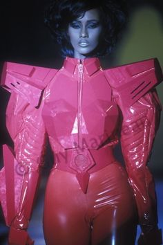 Iman in Thierry Mugler, 1990 80s Fashion, Fashion History, Runway Fashion, Vintage Fashion, Thierry Mugler, Style Couture, Couture Fashion, Bowie, Iman Model