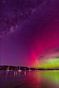The Aurora Australis and the Milky Way