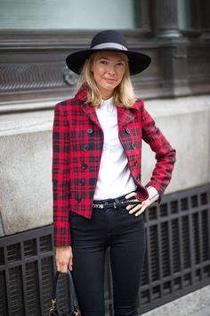 London's best street style—94 fall outfit ideas.