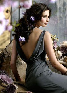 jim-hjelm-occasions-bridesmaid-luminescent-chiffon-modified-a-line-draped-empire-v-cowl-back-5977_lg.jpg (297×414)