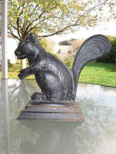 Vintage cast iron squirrel nutcracker