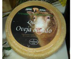 Guiber || Queso de Oveja Curado 750 g. *   Elaborado con leche cruda de oveja, muy cremoso, de corteza ennegrecida, sabor suave y olor fuerte, dejando un posgusto  intenso en el paladar.