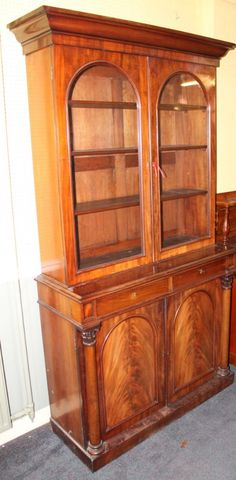 Looking for an elegant Victorian period mahogany bookcase for your home study?  This one sold for £360 at the Lincoln Auction Rooms