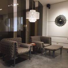 vilna pagnon - Google Search Ligne Roset, Armchair, Furniture Design, Stool, Chandelier, Ceiling Lights, Lighting, Google, Home Decor