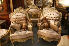 ©™:: Modern Sofa – So GoodThe Signature Design of Sectional Sofa Leather Idea Modern Sofa, Modern Furniture, Sofa Furniture, Dublin, Renaissance, Leather Sectional Sofas, Best Sofa, Antique Photos, Signature Design