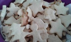 Neste final de semana tivemos muito trabalho no Atelier Aroma Glacê. #makingoff #cookie #biscoitodenatal #biscoito #christmas #atelieraromaglace #confeitaria