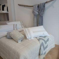 On instagram by ecruempoli.pontedera #homedesign #contratahotel (o) http://ift.tt/1X1lGry #empoli #pontedera #home #homedecor  #casa #casaecasa #design #madeinitaly #madeintuscany #sartiriale #sumisura #colour #white #toscana #negozi #style #camera #letto #trapunte #lenzuola