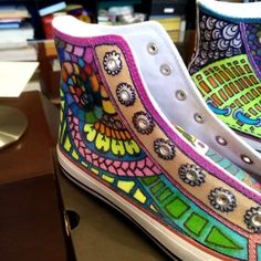 My new shoes! From white to colors :) #mytangle #zentangle #tangle #doodle #drawing #painting #myart