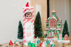 The Sweatman Family: Sprinkles the Elf: Day 23