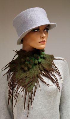 wool scarf Collar 'Chocolate grass'