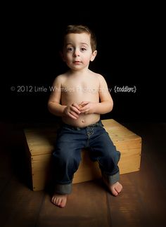 Toddler Boys #ToddlerPose #Boys #NYCPhotographer #WestchesterPhotographer #LittleWhimsiesPhotography Little Whimsies Photography