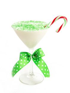 Season's Sippings: Make a Candy Cane CrunchMartini