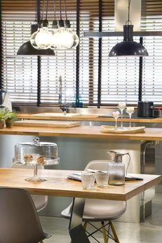 Industrial lofts turned into homes kitchen island loft - Loft en terrassa ...