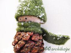 Pignolo l' elfo di Natale. Decorazione da appendere  di ECARCHIDESIGN su Etsy