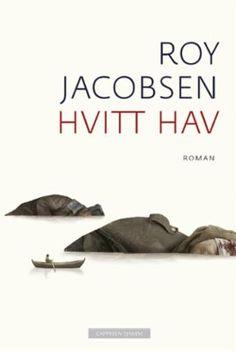 Vår pris 332,-(portofritt). Hvitt hav er oppfølgeren til suksessromanen De usynlige. Denne gangen spenner Roy Jacobsen opp et enda større lerret og leverer en sterk og handlingsmettet..
