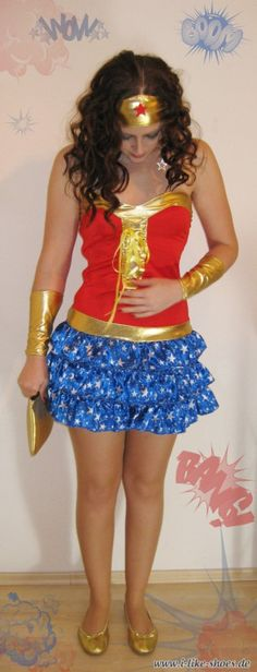 Faschingskostüm selber machen DIY Faschingskostüm DIY Kostüm Wonderwoman Kostüm