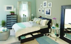 The MALIN collection. Modern, cool, and beautifully coordinated. Lo cool son los cajones debajo de la cama :)