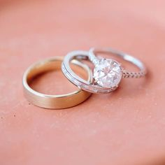 Classic round solitaire | Double-pronged pave cathedral platinum setting | Photo by www.anniemcelwain.com