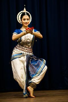 Odissi - Natalie Rout Photo by Debiprasad Sahoo -- National Geographic Your Shot
