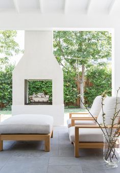 36 Fabulous Backyard Fireplace To Beautify Your Outdoor Decor - The incredible variety of improvements that homeowners have been able to implement in recent years is simply astounding. Inside and outside of the hom. Outdoor Fireplace Designs, Backyard Fireplace, Backyard Patio, Outdoor Fireplaces, Backyard Landscaping, Fireplace Ideas, Modern Outdoor Fireplace, Backyard Privacy, Open Fireplace