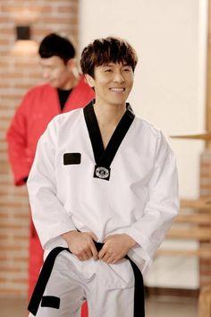 Shinhwa's Dongwan to cameo as an instructor on 'Murim School'! | allkpop