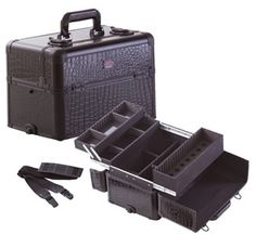 Professional Makeup Case w/ 3 Trays and Nail Polish Organizer All Black Gator, only $79.95 plus free shipping!