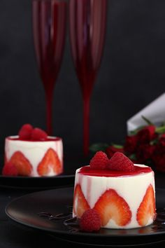 Make this lovely and super easy Panna Cotta for Valentine's Day! Romantically delicious! | www.foxyfolksy.com