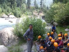 Advance #Mountaineering Course - Instructor imparting Theoretical Knowledge about River Crossing