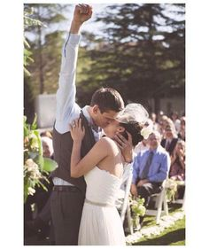 27 Must-Take Wedding Photo Ideas. I love this @Holly Elkins Rusch-Clothier !! :)