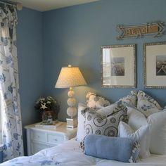Google Image Result for http://st.houzz.com/fimages/765964_6580-w394-h394-b0-p0--tropical-bedroom.jpg