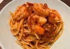 (3) Paradicsomos-garnélás spaghetti | Varga Gábor (ApróSéf) receptje - Cookpad receptek Chimichurri, Mozzarella, Pesto, Spaghetti, Ethnic Recipes, Food, Essen, Meals, Yemek