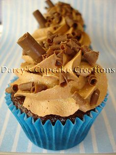 choc flakes cupcake   Flickr: Intercambio de fotos Gourmet Cupcake Recipes, Cup Cakes, Let Them Eat Cake, Flakes, Muffins, Sweets, Desserts, Food, Colors
