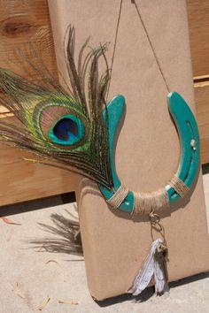Elegant Little Blue Platform Stiletto Heels with Bowtie Cowboy Crafts, Western Crafts, Rustic Crafts, Horse Crafts, Western Decor, Horseshoe Projects, Horseshoe Crafts, Horseshoe Art, Horseshoe Ideas