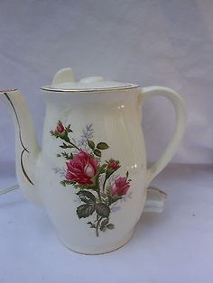 VINTAGE MOSS ELECTRIC TEA POT/WATER HEATER WITH ROSES 12 VOLT 500 W