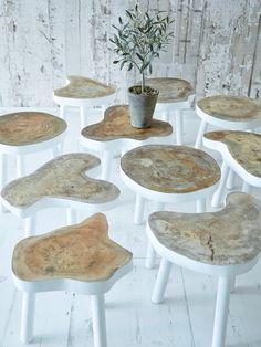 Tree stump slice table