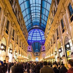 The stunning Galleria Vittorio Emanuele, Milan. Photo courtesy of nodestinations on Instagram.