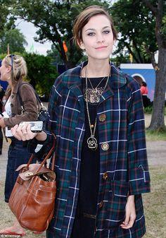 Alexa Chung #Alexa_Chung #Woman #Beauty