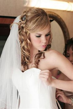 Wedding Hairstyles Simple for Women Pictures