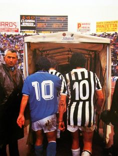 Diego Maradona ( SSC Napoli, 188 apps, 81 goals) and Michel Platini ( Juventus FC) Legends Football, Football Icon, Best Football Players, Football Is Life, Football Art, World Football, Football Pictures, Vintage Football, Soccer Players