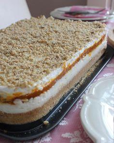 This agenda is one of the most admired desserts with pumpkin biscuit dessert. Turkish Recipes, Ethnic Recipes, Dessert Recipes, Desserts, Creative Cakes, Frozen Yogurt, Biscuits, Food Porn, Good Food