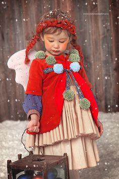 CRISTMAS ANGELS Photographer & Concept -Elena Voronzova Fashion Kids Designer & style - Anastasia Kurbatova MUAH stylist - Looiza Potapova