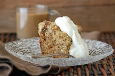 Apple-Raisin Crumb Cake: Caramelized apples and pecan-laced streusel make Andrew Zimmern's lightly spiced crumb cake totally irresistible. Apple Cake Recipes, Apple Desserts, Just Desserts, Dessert Recipes, Apple Cakes, Apple Fruit, Cupcake Recipes, Tea Cakes, Cupcake Cakes