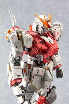 One Year Ago Today: seboy's MG 1/100 RX-93 Nu Gundam Ver.Ka Custom: REVIEW Big Size Images http://www.gunjap.net/site/?p=278629